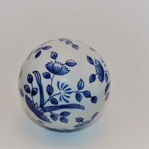 Ceramic Blue And White Decorative Ball